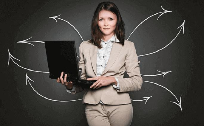 マネジメントスキルとは?意味や定義、具体的なスキルの例について