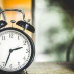 求人票の就業時間の見方とは?変形労働時間制やみなし労働時間制とは