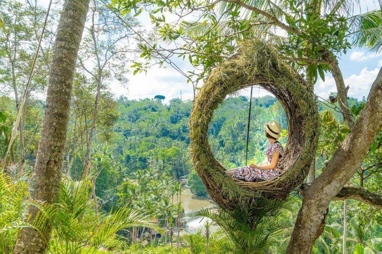詩歩さんが教える週末で行ける「世界の絶景」最新トレンドはココ!