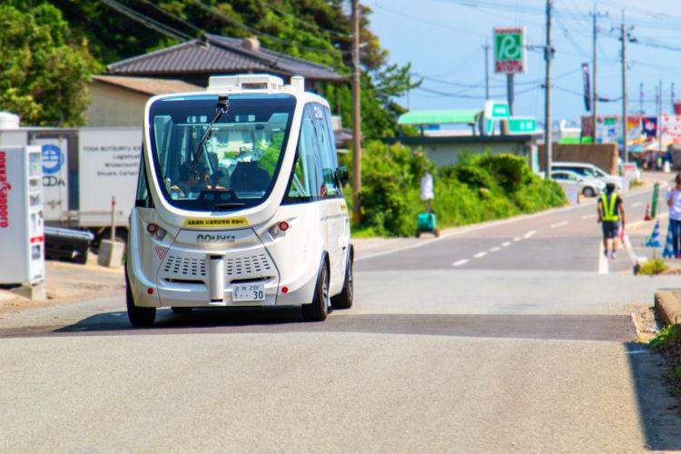 地方や過疎地の移動困難を救う 新しい自動運転モビリティの誕生