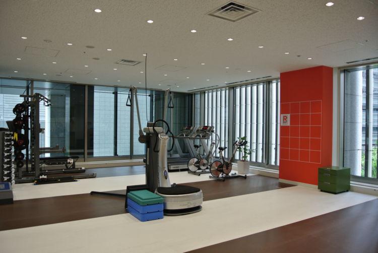【運動サポート】専任トレーナーによる個別運動プログラムの提供