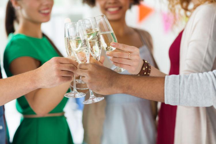 シュワシュワした泡が魅力! スパークリングワインを楽しもう