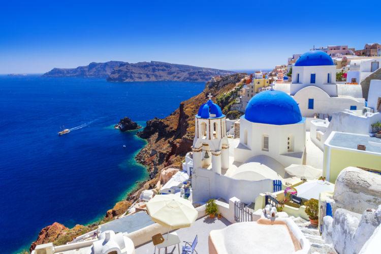 憧れのリゾート、ギリシャのサントリーニ島