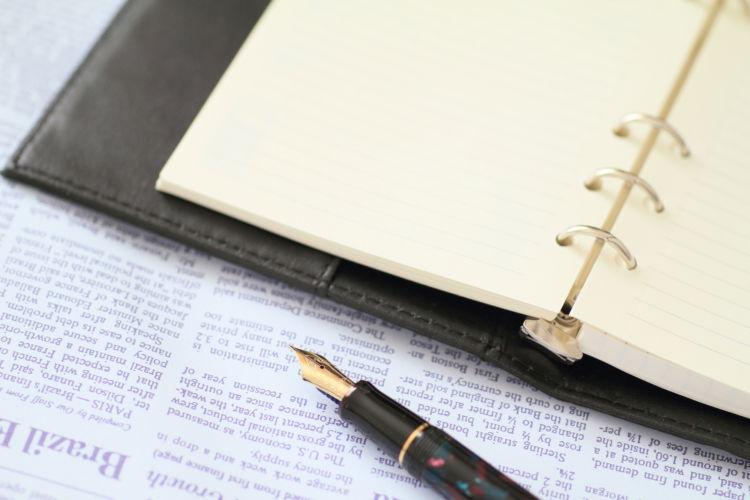 紙やペンの味わいを楽しむ