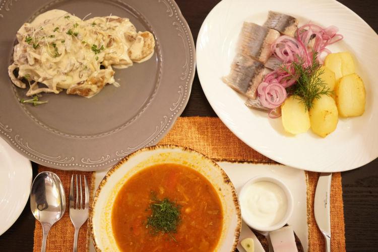 【グルメ】正統ロシア料理から海鮮グルメ、サンドイッチまでバリエーション豊富
