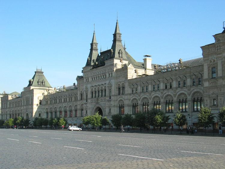 19世紀末に建てられたグム百貨店の外観