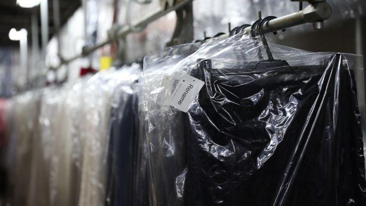 出番を待つ衣類たち。ベーシックなデザインが主流