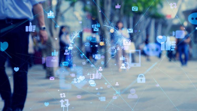 「監視資本主義」とは、GoogleとFacebookが開発、主導する新しい情報社会