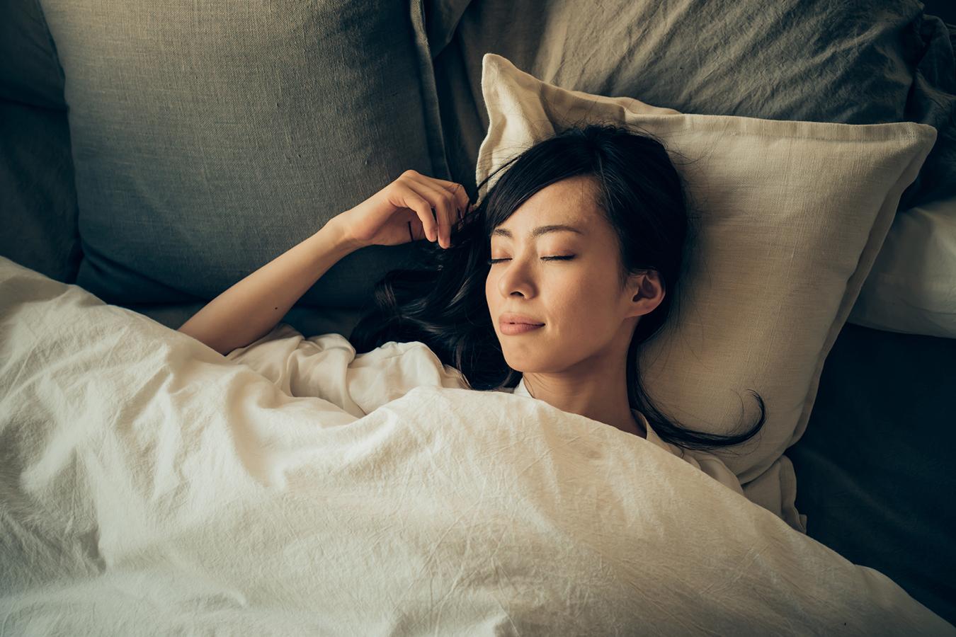 美しさは良い睡眠から〜データが実証する睡眠と美容の関係とは?