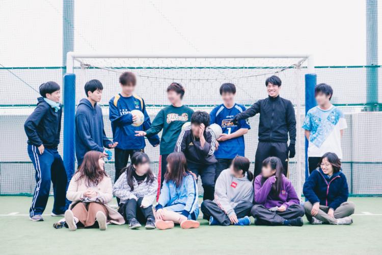 スポーツやゲームなどを通じて、若者と社会人が交流する「ブカツ」という活動にも取り組んでいる