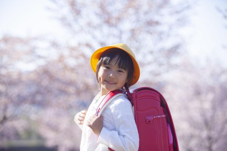 幼稚園〜大学卒業まで、国公立の場合はいくらかかる?