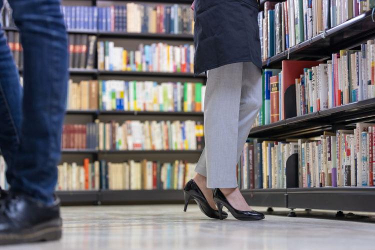 リアル店舗で本を買うことの良さとは?