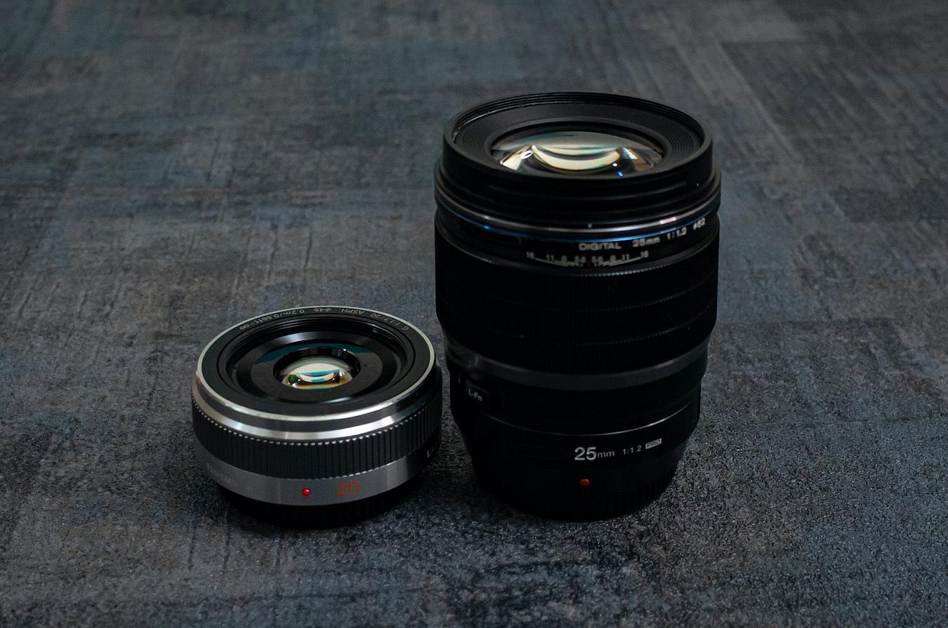 『撒き餌レンズ』に含まれる約3万円のレンズ(左)と近い性能だが約13万円のレンズ(右)