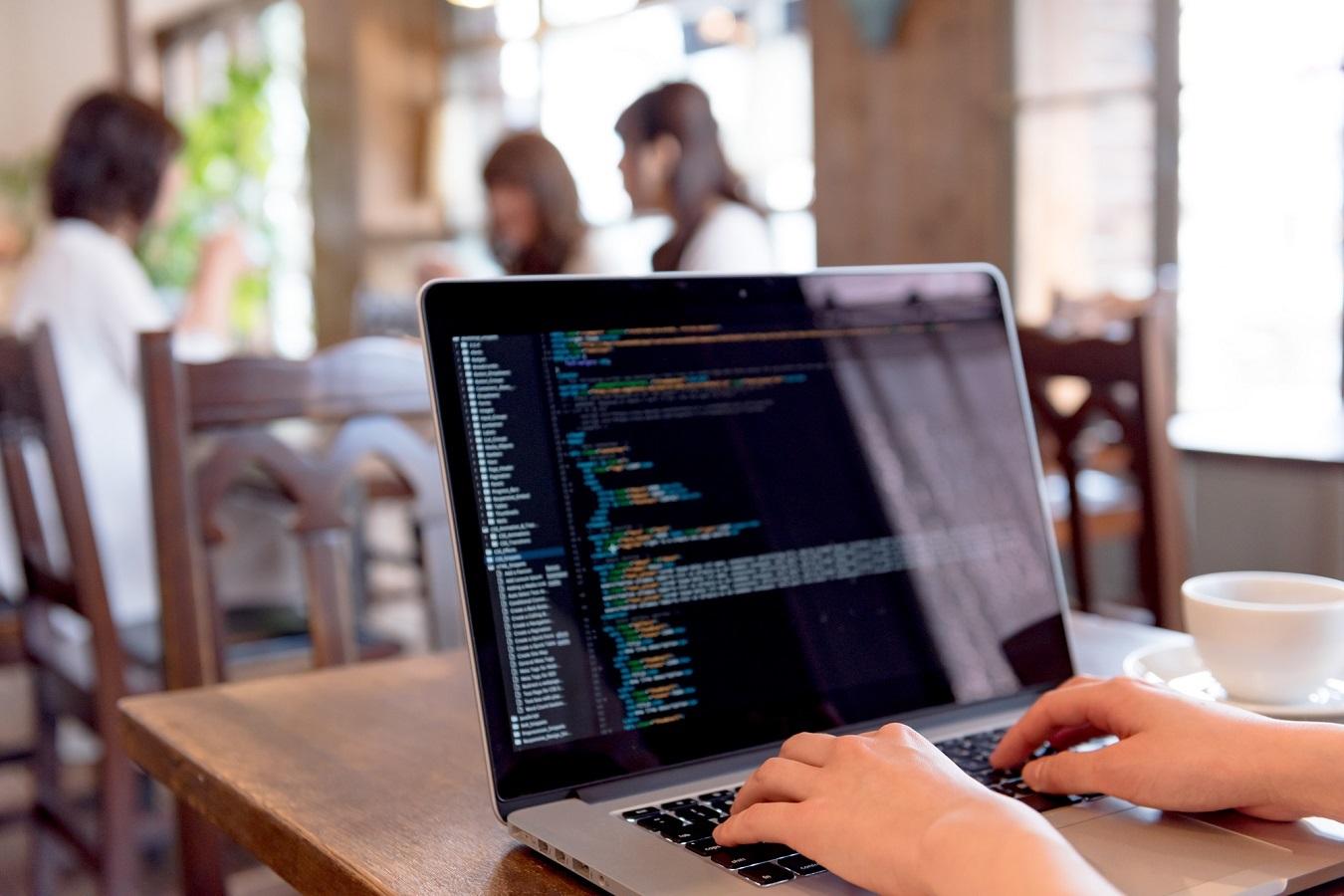新たな趣味にプログラミングはいかが?ステイホーム時代におすすめの理由