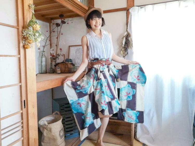コーディネート1:着物にスカートを組み合わせる