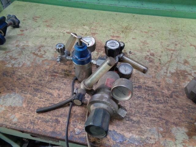 半自動溶接機用ガス調整器_画像1