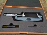 キャリパー式マイクロメーター ミツトヨ OMP-100