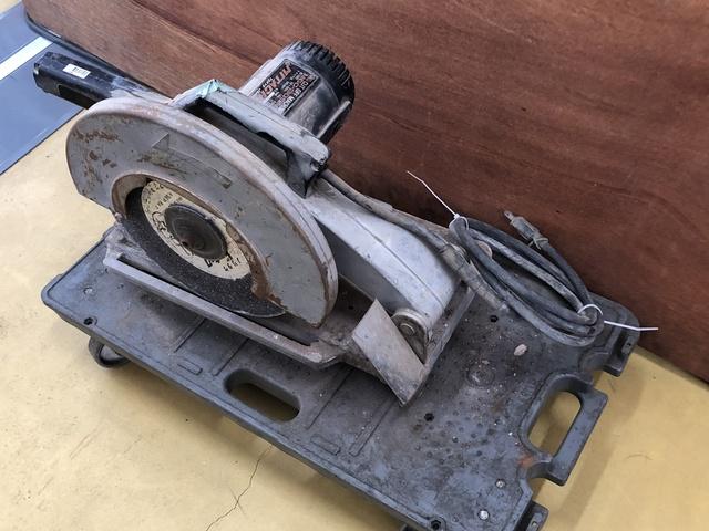 ジャンク品 MITACHI 高速切断機 MGC-305N A133232 C棟9_画像3