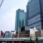 【高級賃貸マンションを借りたい人100人に聞いた】 どっちが魅力的?再開発の都市と高級住宅街