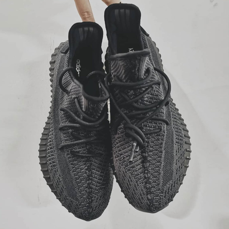 new yeezy boost 350 v2 black