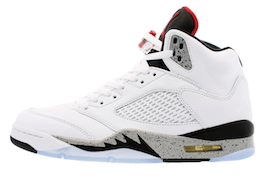 Jordan 5 Retro White Cementの写真
