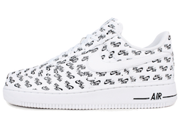 Air Force 1 Low All Over Logo Whiteの写真