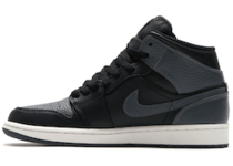 Jordan 1 Retro Mid Black Dark Greyの写真