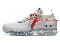 OFF-WHITE × NIKE AIR VAPORMAX WHITEの写真