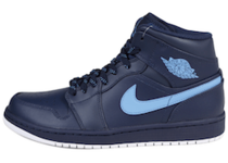 Jordan 1 Retro Mid Obsidian University Blueの写真