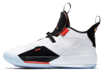 Nike Air Jordan XXXIII Future of Flightの写真