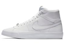 Nike Blazer Royal Triple Whiteの写真