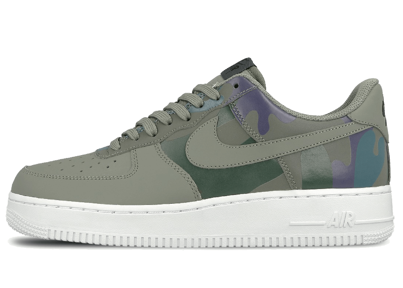 Air Force 1 Low Camo Dark Stuccoの写真