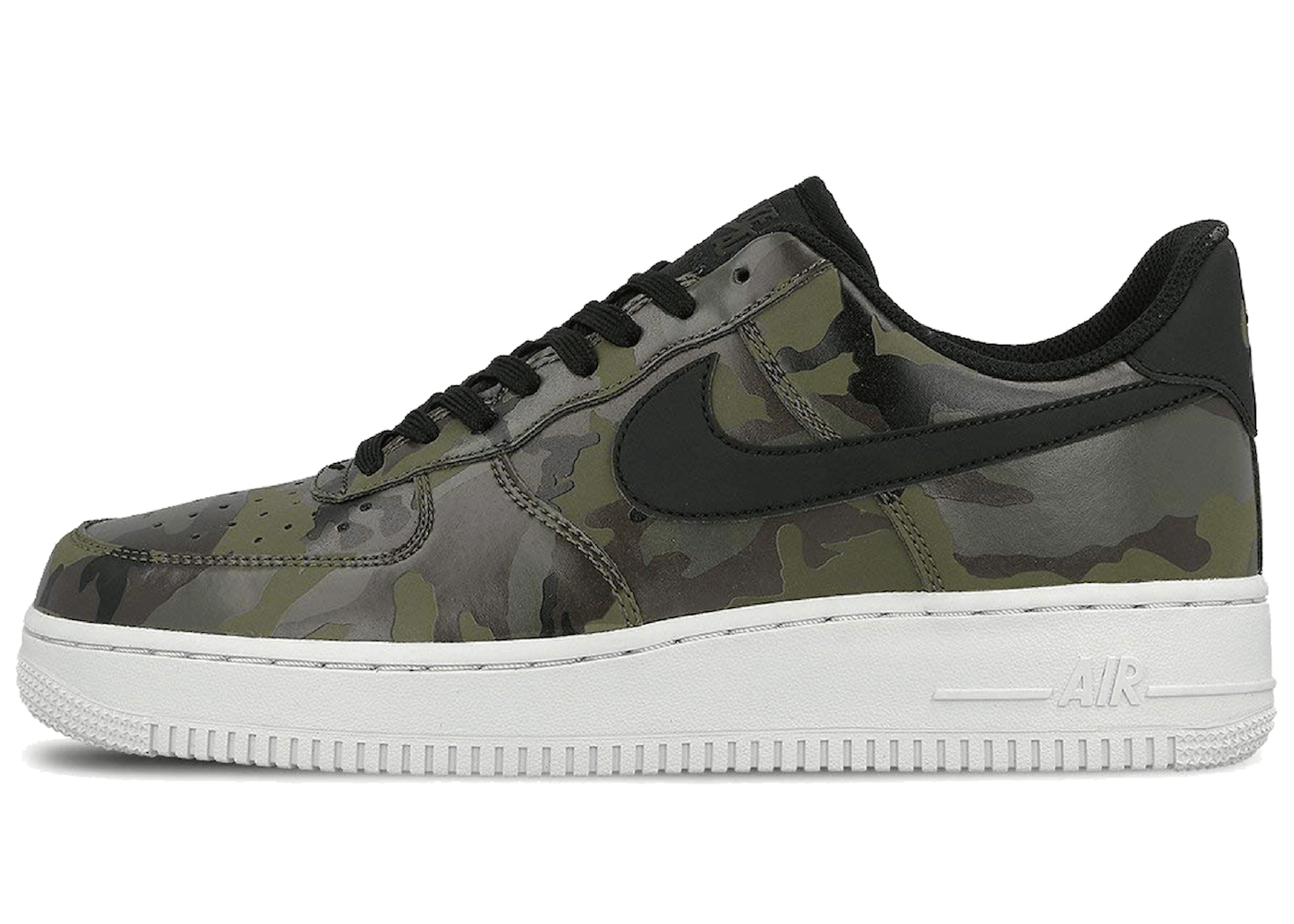 Air Force 1 Low Camo Oliveの写真