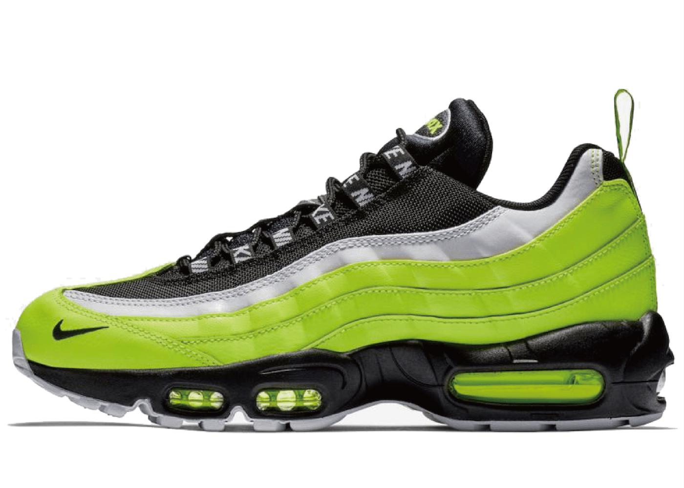 "Nike Air Max 95 ""Volt Pack""の写真"