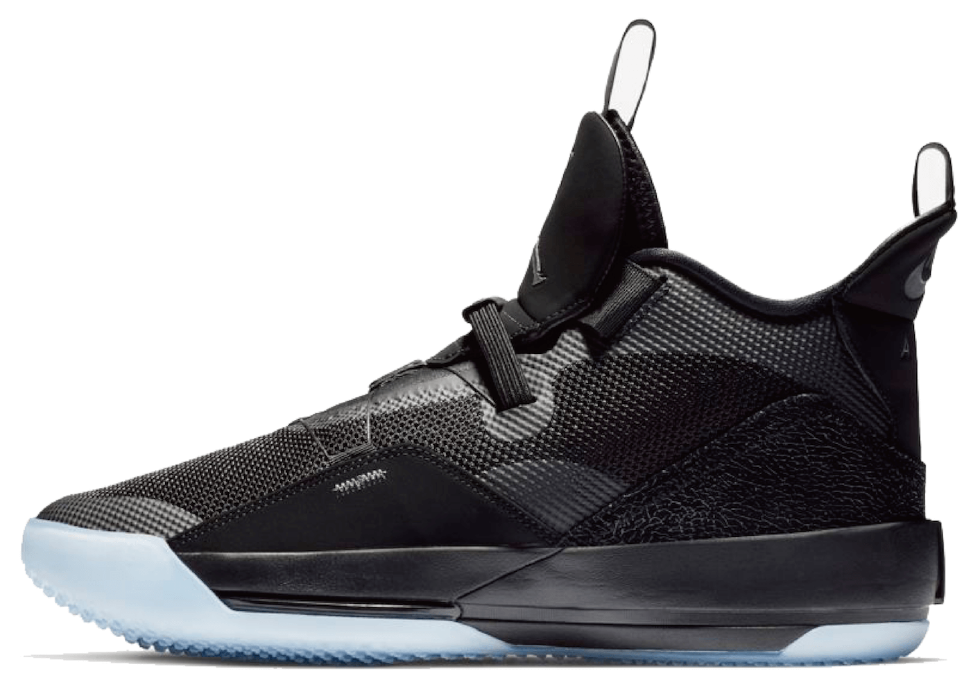 Nike Air Jordan 33 Blackoutの写真