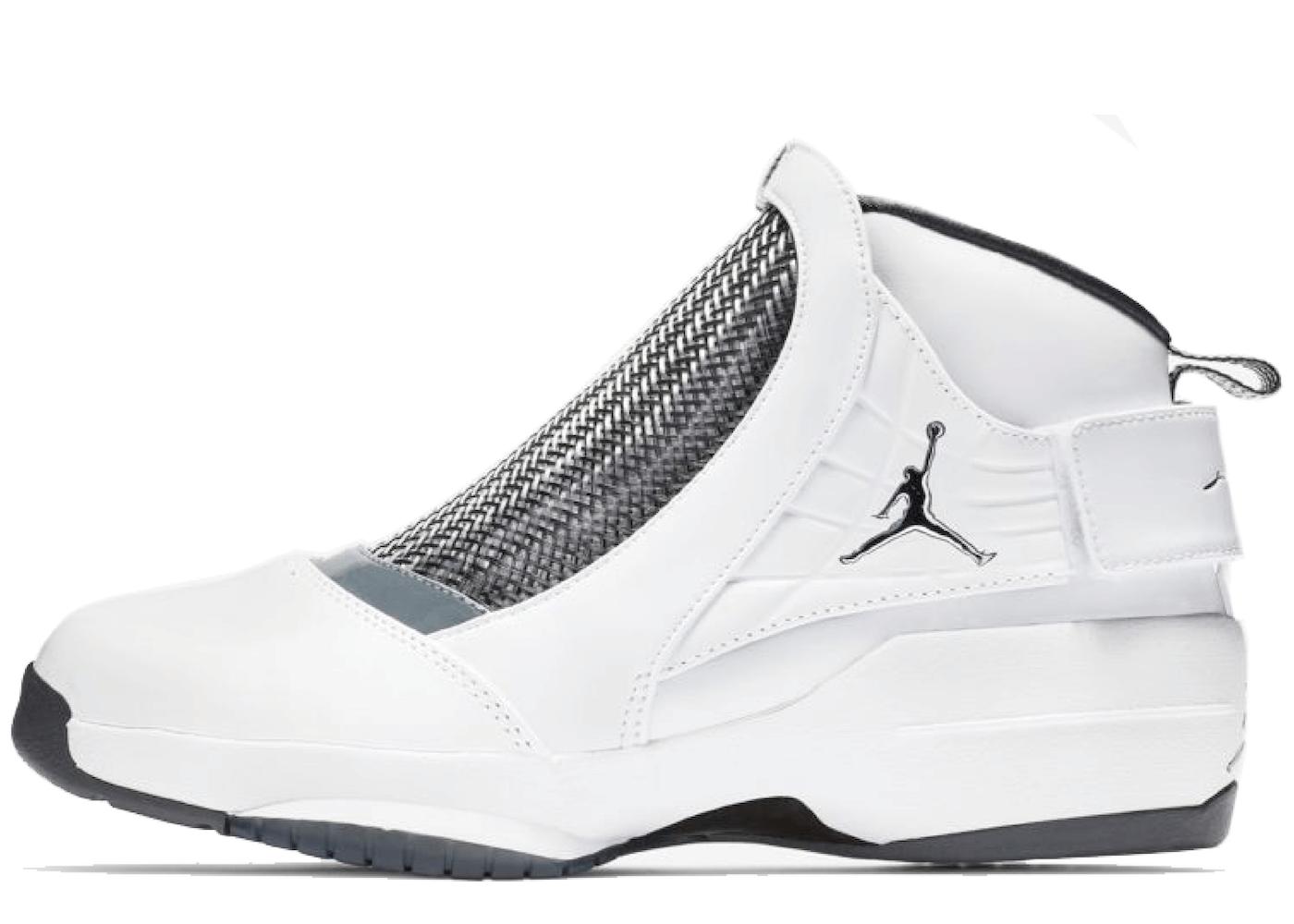 Nike Air Jordan 19 OG Chrome (2019)の写真