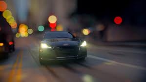 ミニカーが爆走!!AudiのCMが面白い。