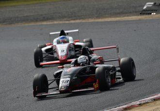 注目のレース若手ドライバーの登竜門「FIA-F4」!開幕戦の振り返りと、2016年の見どころをご紹介