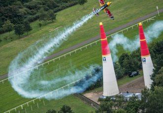 世界最速の空中戦レッドブルエアレース!その魅力と迫力とは?