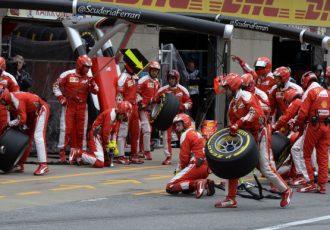 憧れの職業のひとつ「F1メカニック」の仕事内容とは?その労働形態や収入に迫ってみた