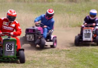 世界のおもしろレース4選!芝刈り機?デコトラ?トラクター?椅子?さぁ、アナタはどれに出る!?