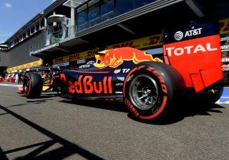 見事2位!ダニエル・リカルド!そしてアロンソ、ハミルトンが最後列から怒涛の追い上げ!赤旗中断の荒れた展開でもやはり強いメルセデス!F1ベルギーGP!