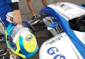 FIA-F4第8戦で3位表彰台!期待の若手ドライバー、根本悠生のSUGOに迫る!