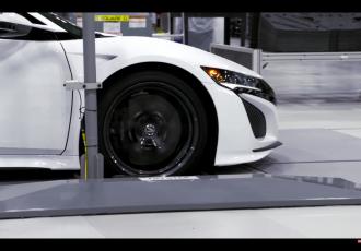 最新スーパースポーツカー 新型NSXの工場を動画で見学!その生産工程の秘密とは?