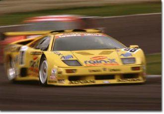 ディアブロがレースに出ることになった意外なきっかけとは?ランボルギーニ・ディアブロのコンペティツィオーネ(競技用モデル)に迫る!