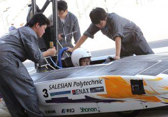 究極のエコレース!学生たちが技術を争うソーラーカーレースをご存知ですか?