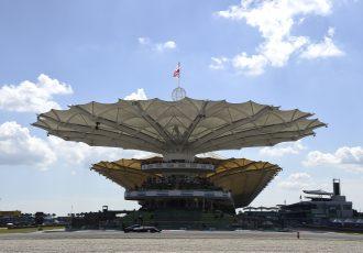 F1海外観戦にかかるお金はいくら?憧れのF1旅行をお得に楽しむ秘訣。