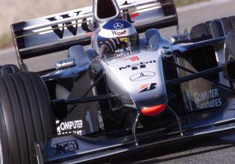 シューマッハとハッキネンが争った0.001秒単位の大バトルとは?鈴鹿F1の名勝負の中で最もフェアプレーだった3戦!