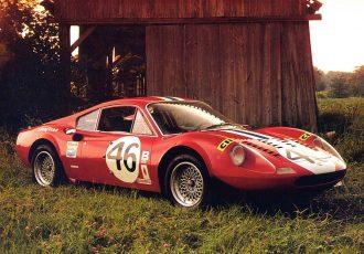 リトル・フェラーリと呼ばれた名車とは?エンツォの息子の名を冠した名車とその歴史に迫ります。