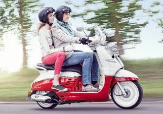 オシャレなフレンチスクーター日本上陸!プジョー・ジャンゴ125エバージョンABS